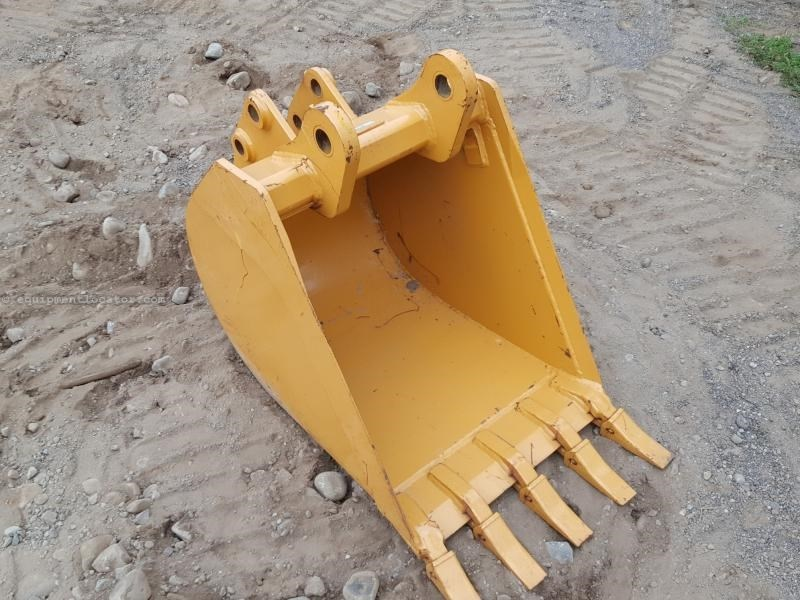 "2015 Case 24BHOE, Fits Case Backhoes, 24"" Width Loader Backhoe Bucket For Sale"