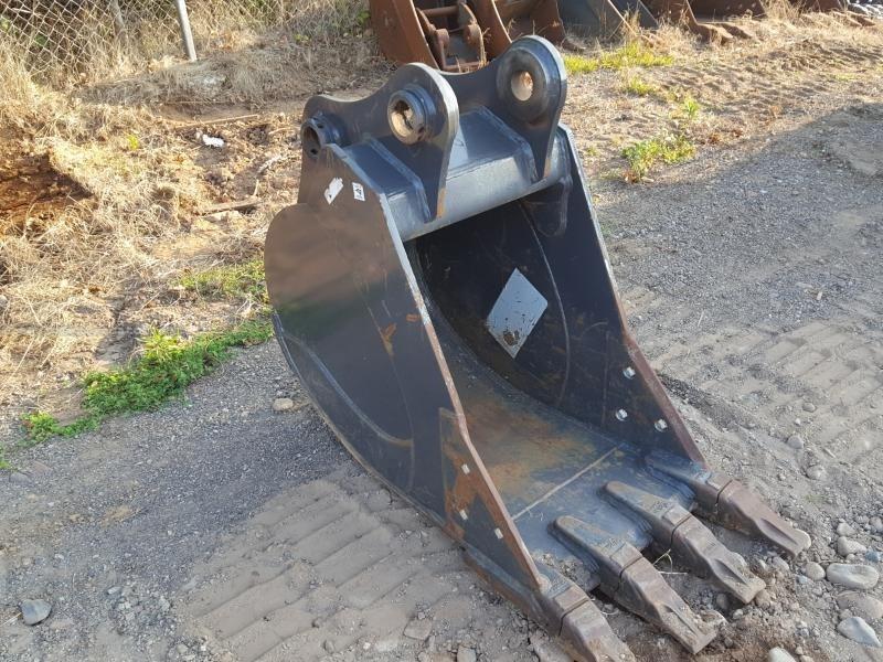 "2015 Case 24EXC, Fits Case CX130, 24"" Width Excavator Bucket For Sale"