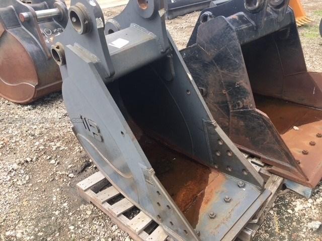 """2015 Werk-Brau 24EXC, Fits Case CX240/250, Smooth Cut Edge, 24"""" W Excavator Bucket For Sale"""