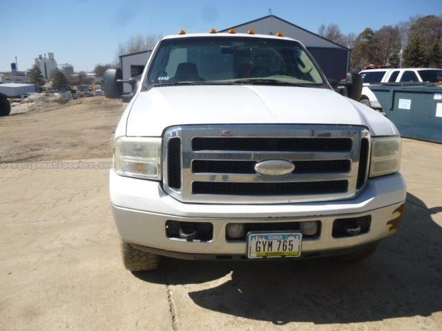 2005 Ford F250, 142645 Mi, AC, 8 Cyl, Cruise, Auto Trans Pickup Truck For Sale