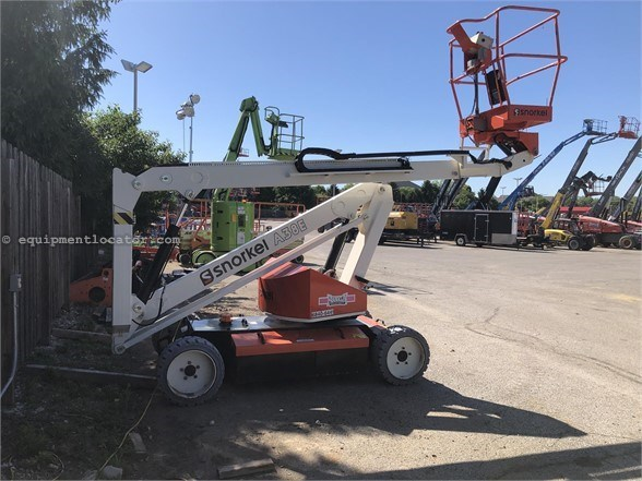 2015 Snorkel A38E Boom Lift-Articulating For Sale