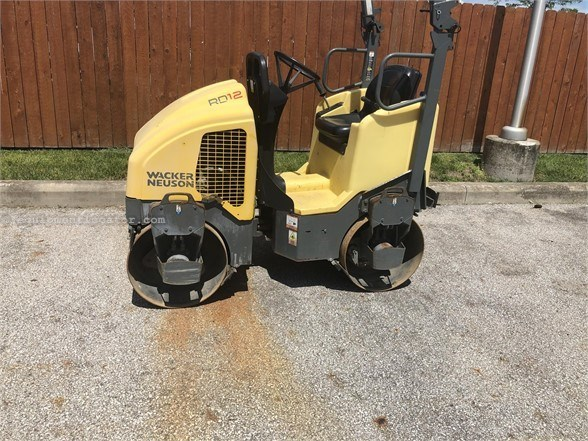 2017 Wacker RD12A Compactor-Asphalt For Sale