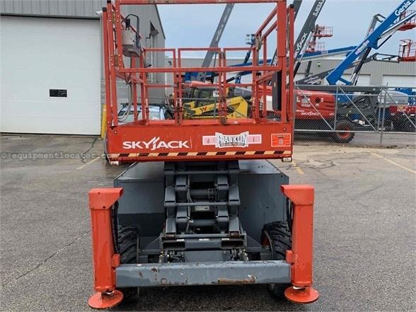 2014 Skyjack SJ6832RT Misc. Ag For Sale