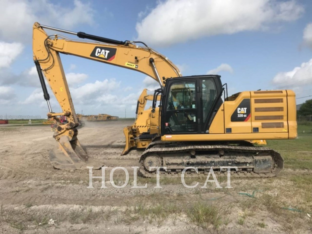 2018 Caterpillar 320GC Image 1