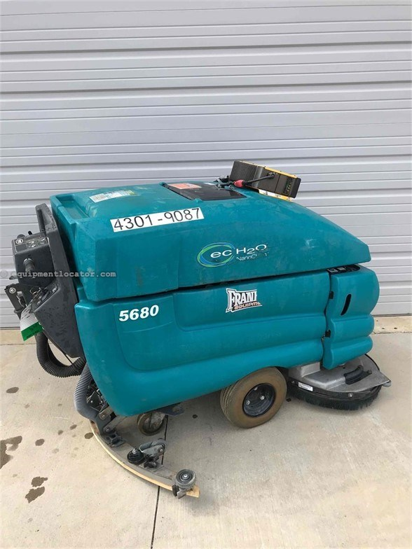 2016 Tennant 5680 Street Sweeper For Sale