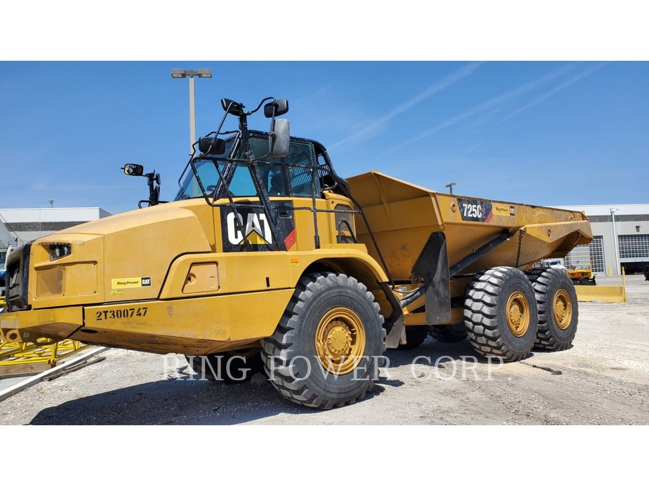 2019 Caterpillar 725C2WW Image 1
