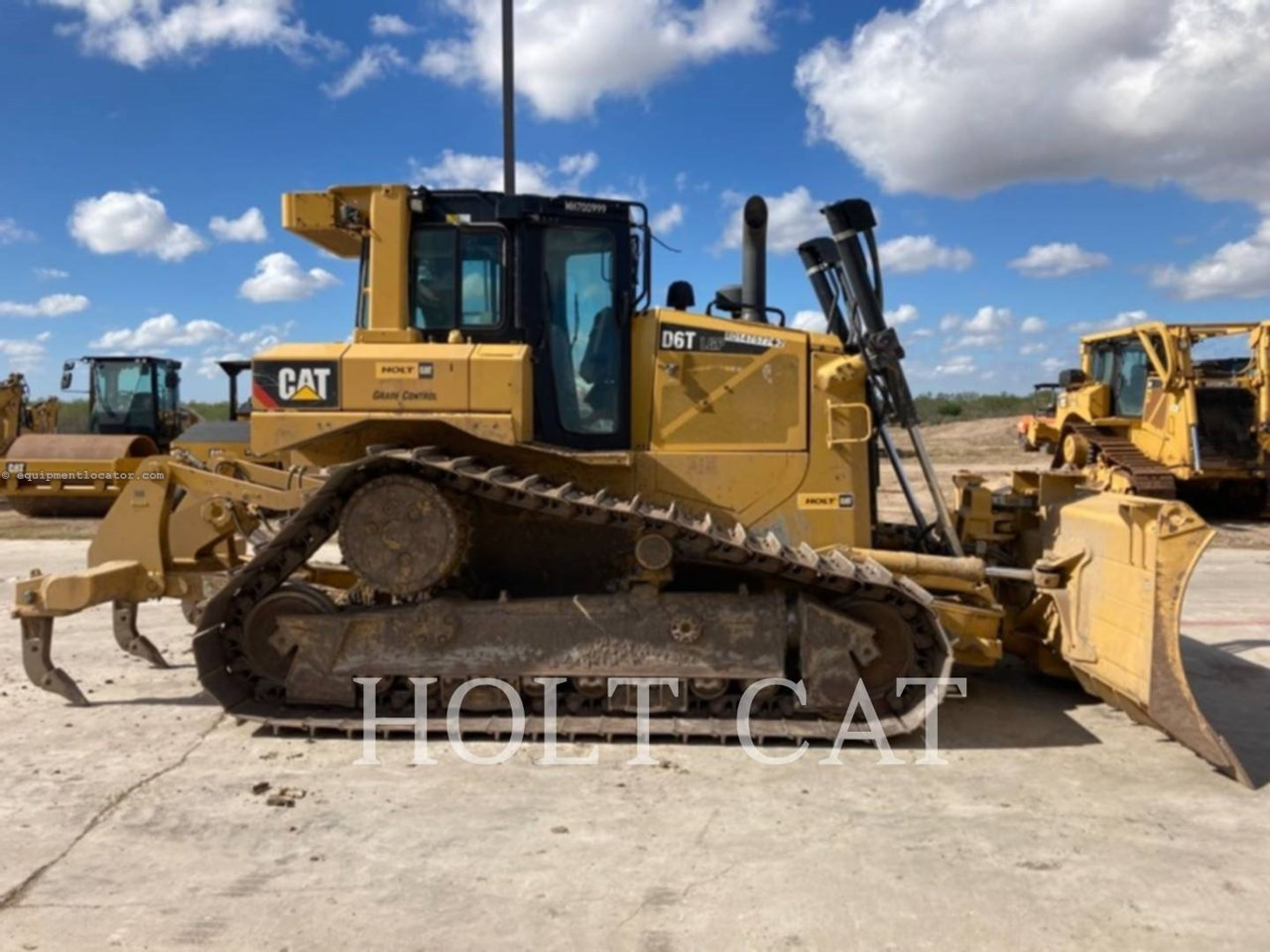 2019 Caterpillar D6T LGPVP Image 1
