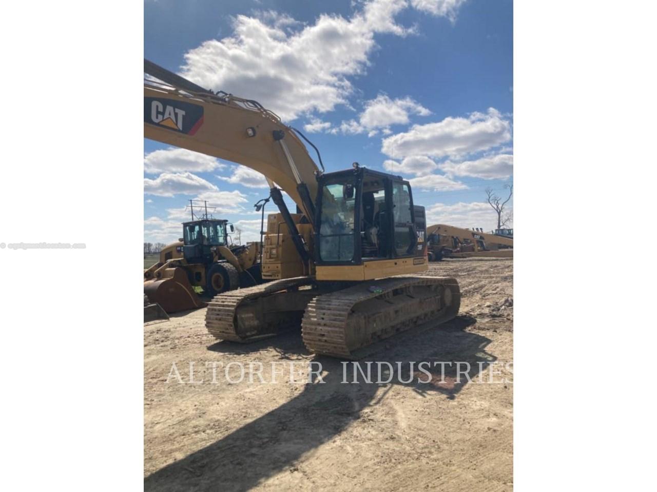 2019 Caterpillar 335F LCR Image 1
