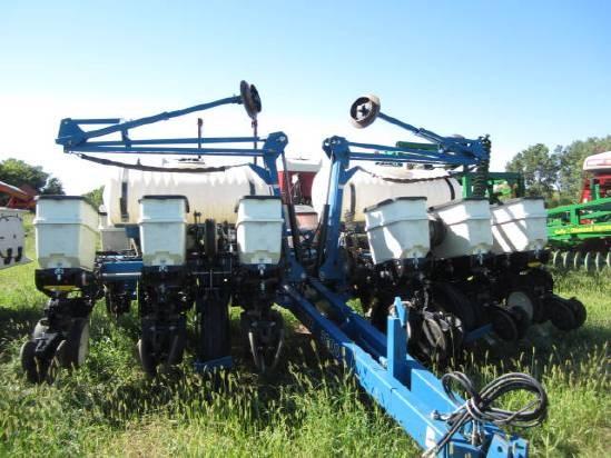 2006 Kinze 3200 12rn Planters For Sale At Equipmentlocator Com