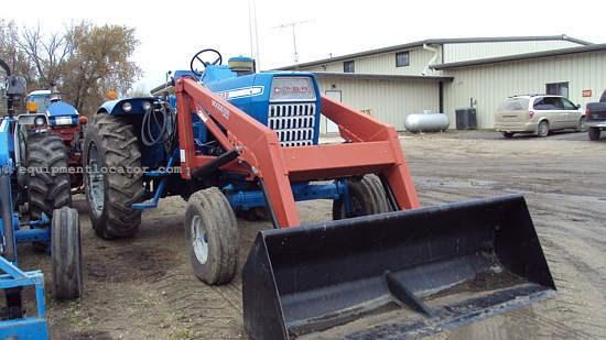 Ford 1000 Loader : Ford hrs new loader tractors for