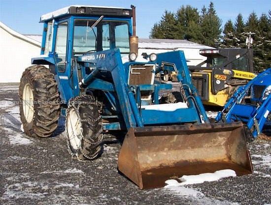 5600 Ford Tractor Seat : Ford tractor for sale at equipmentlocator