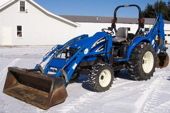 2005 New Holland TC40DA Tractor For Sale at EquipmentLocator com