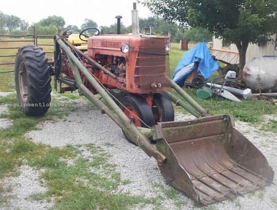 1960 Allis Chalmers D17 Tractor For Sale at EquipmentLocator com