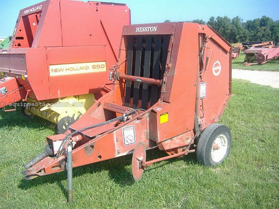 Hesston 5530 Baler-Round For Sale at EquipmentLocator com