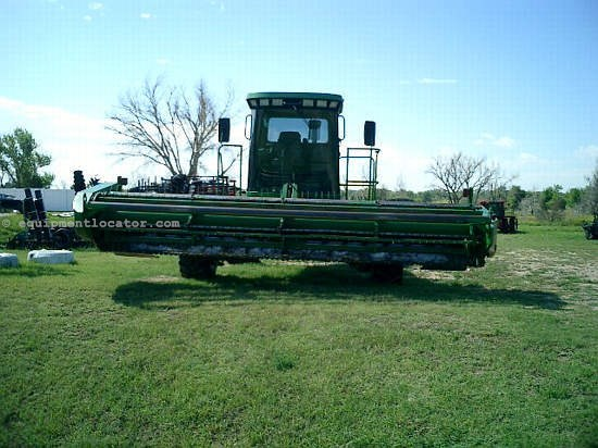 2002 John Deere 4895 Segadora hileradora autopropulsada a la venta