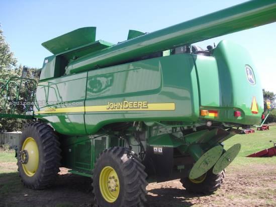 2005 John Deere 9860 Combine For Sale