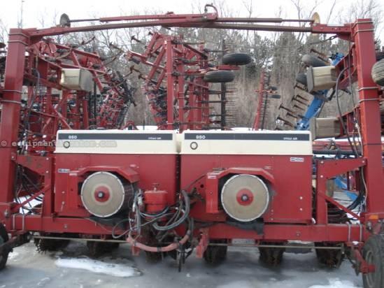 Case Ih 950 Planter For Sale At Equipmentlocator Com