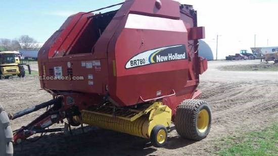 2007 New Holland BR780 Baler-Round For Sale